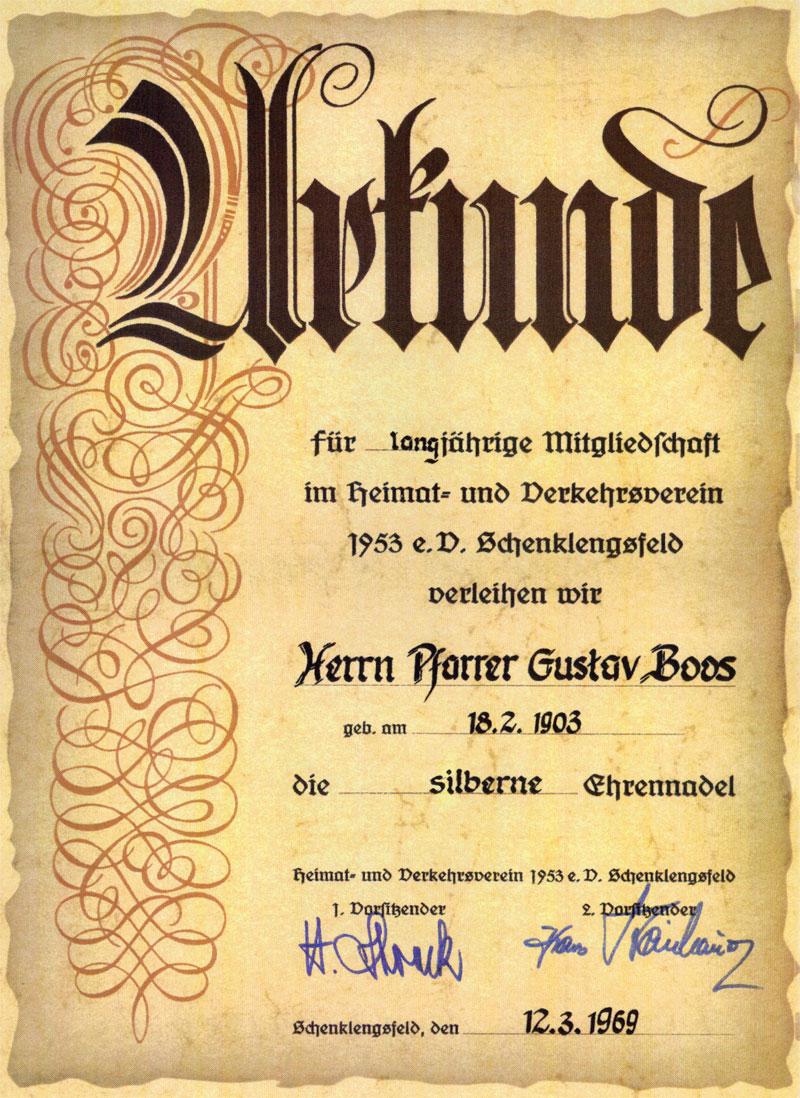 12. März 1969 - Urkunde und silberne Ehrennadel für Pfarrer Gustav Boos